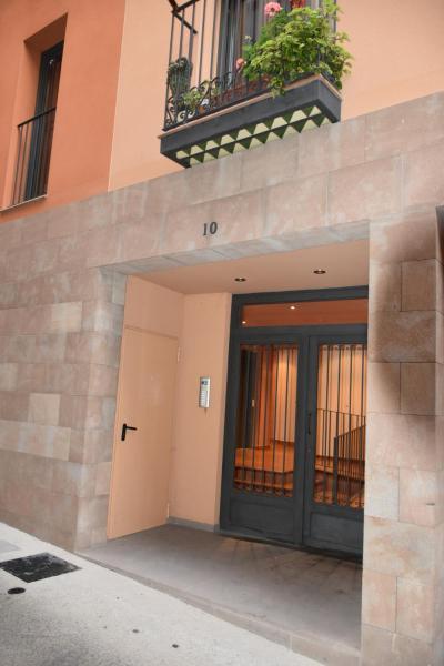 Hotel Pictures: Apartamentos La Fonda, Cardona
