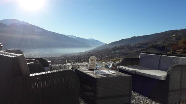 Hotel Pictures: Les Fontanettes, Miège