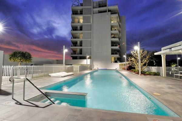 Hotel Pictures: Seapoint 801, Mandurah