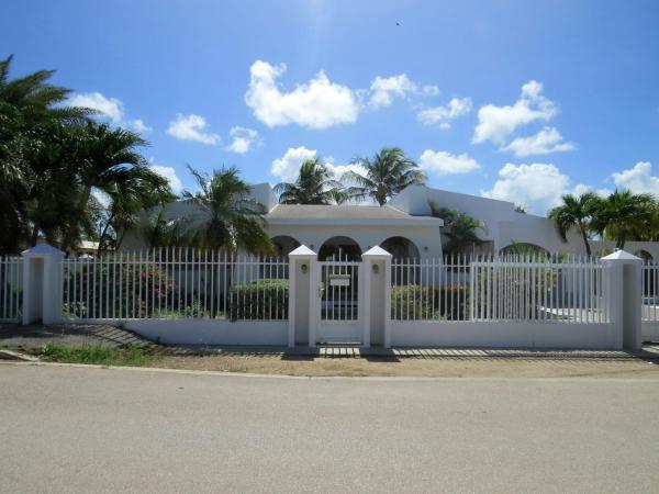 Hotellikuvia: Palm Beach Vacation Villa, Palm-Eagle Beach