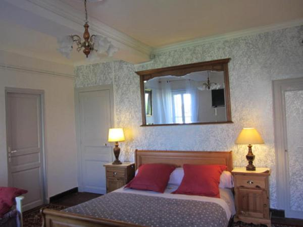 Suite with Garden View