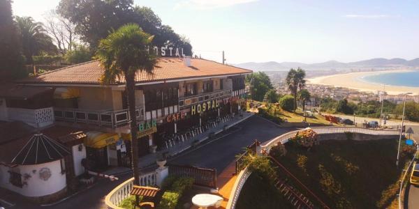 Hotel Pictures: Hostal El Carro, Laredo