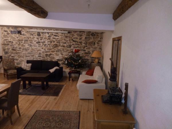 Hotel Pictures: L'Ours des Corbières, Serviès-en-Val
