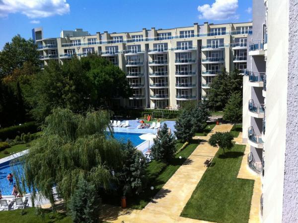 Fotos de l'hotel: Apartment in Complex Oasis, Ravda