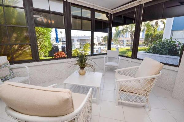 Foto Hotel: Madeira Beach Yacht Club - One Bedroom Condo - 165C, St Pete Beach