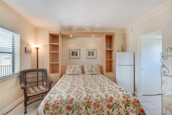 Fotos del hotel: Royal Orleans - Studio Condo - 207, St Pete Beach