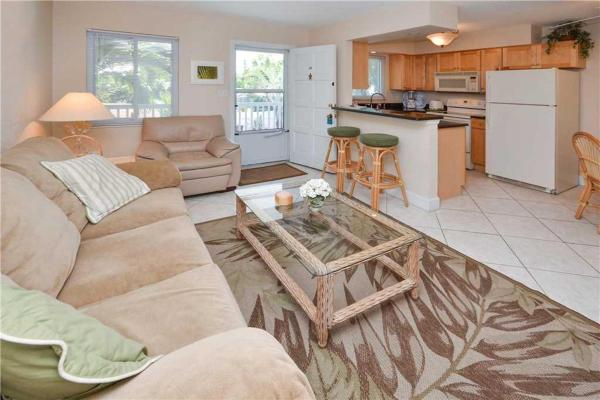 Fotos de l'hotel: Waves - One Bedroom Condo - 17, St Pete Beach