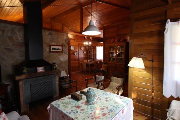 Hotel Pictures: Casa Rural El Sauce, Villanueva de Cauche