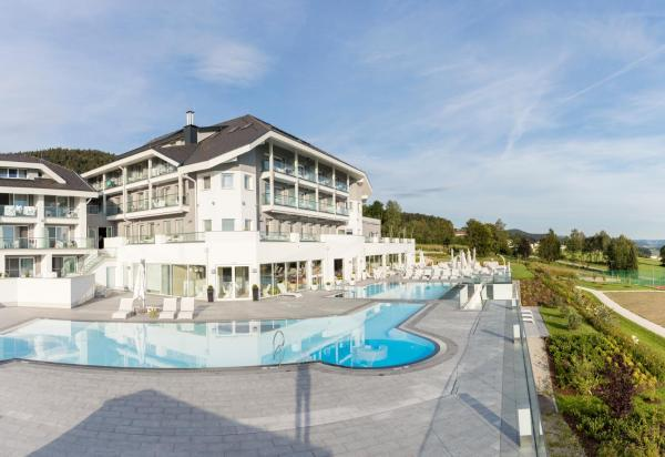 Foto Hotel: AIGO Familien- & Sporthotel, Aigen im Mühlkreis