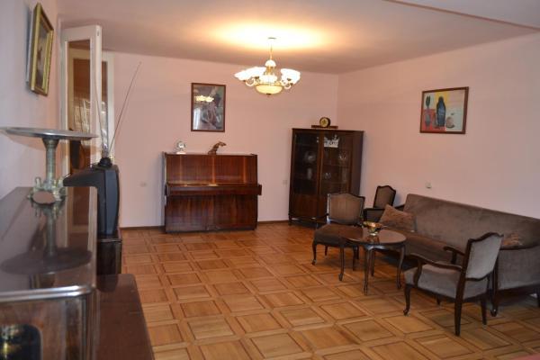 Hotellikuvia: Apartments on Sarmen, Jerevan