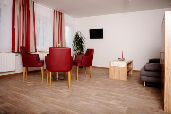 Hotel Pictures: Schlicks Dümmer Kojen, Lembruch