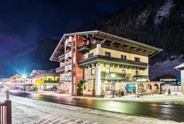 Hotel Pictures: Apart-Pension Oberreiter, Fusch an der Glocknerstraße