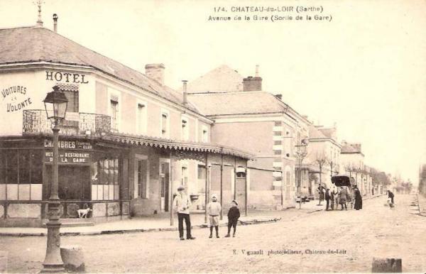 Hotel Pictures: Hotel de la gare, Château-du-Loir