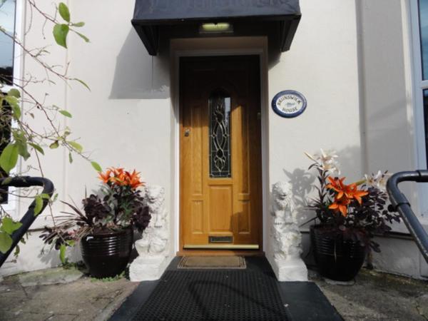 Hotel Pictures: Brunswick House, Ventnor