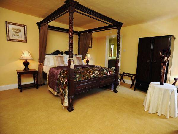 Executive Room with Four Poster Bed