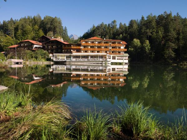 Hotel Pictures: Parkhotel Tristachersee, Lienz