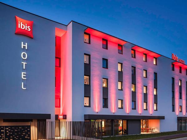 Hotel Pictures: ibis Sens, Sens