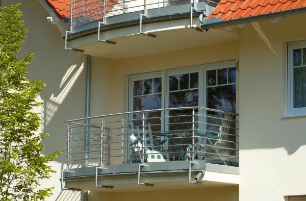 Hotel Pictures: Ferienwohnung Juliane in der Villa zum Kronprinzen direkt gegenüber der Saarow Therme, Bad Saarow