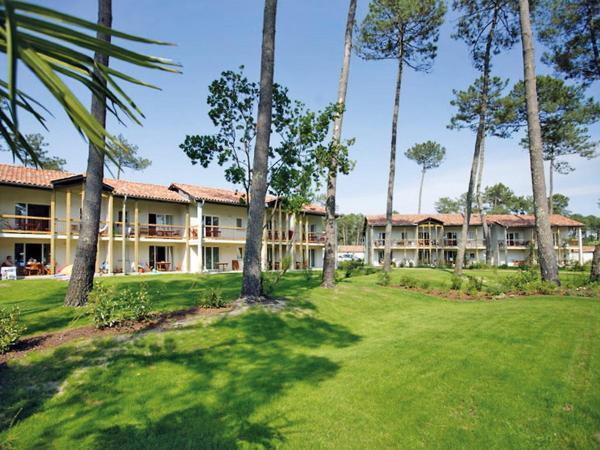 Hotel Pictures: Apartment l'Allée des Dunes.4, Ondres