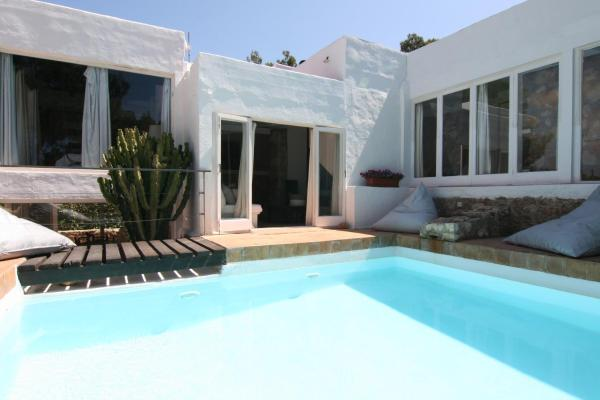 Hotel Pictures: Villa Can Saladito, Sant Francesc de sEstany