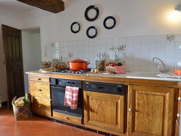 Hotel Pictures: Farm Stay Mas des Lavandes, Riez