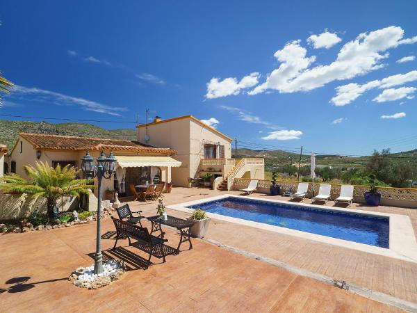 Hotel Pictures: Farm Stay Casa Moll, Teulada