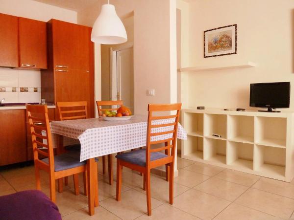Hotel Pictures: Apartment Natalia 2, Armeñime