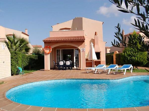Hotel Pictures: Holiday Home Villas Maribel V3D AC 02, Son Carrio