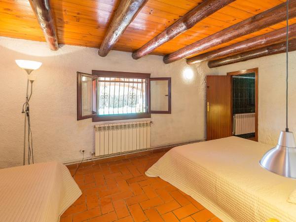 Hotel Pictures: Holiday Home Can Peuet, Maçanet de la Selva