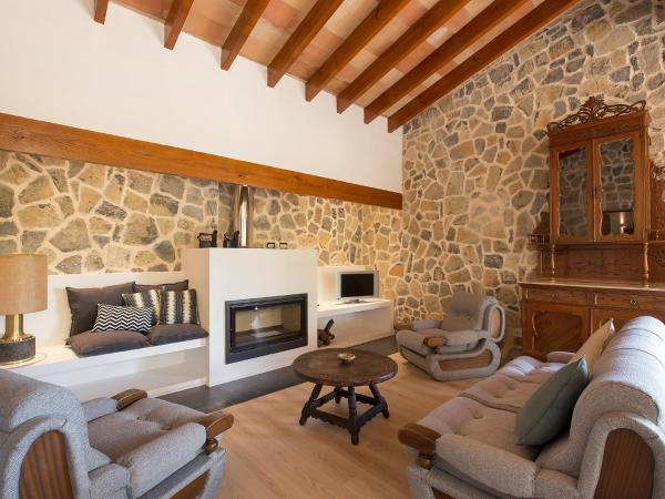 Hotel Pictures: Farm Stay Can Coll, Inca