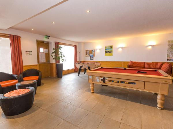 Hotel Pictures: Apartment O Sancy.1, Super Besse