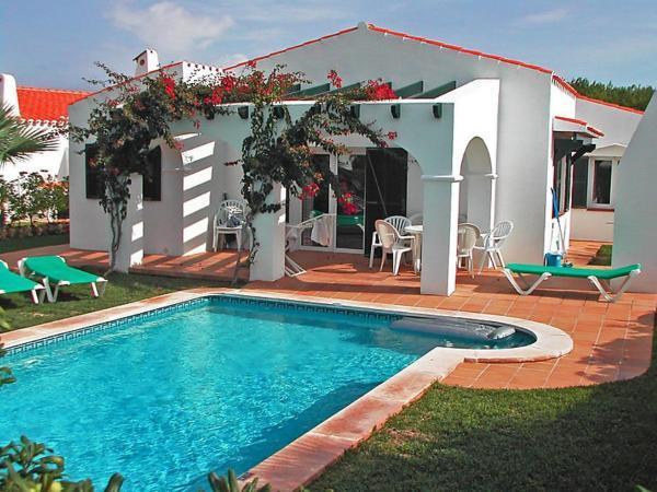 Hotel Pictures: Holiday Park Villas Cala'n Bosch V3D ST 02, Calan Bosch