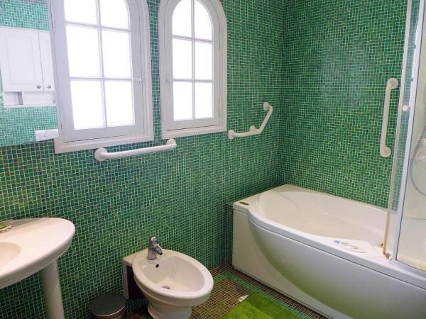 Hotel Pictures: Villa Cap Roux, Agay - Saint Raphael