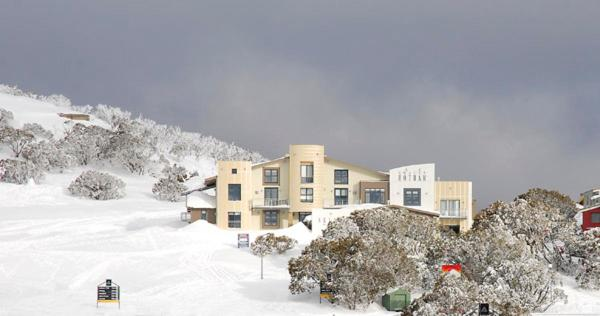 酒店图片: Chalet Hotham 9 - MHA, Mount Hotham