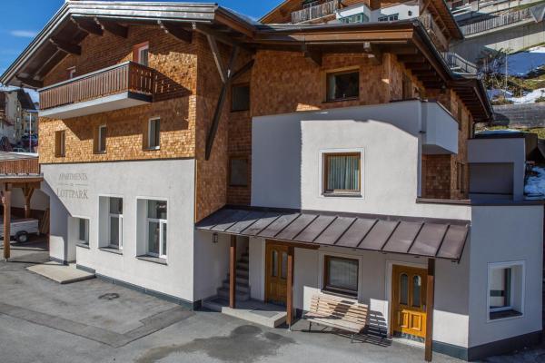 Hotel Pictures: Haus am Lottpark, Richard Walter, Sankt Anton am Arlberg