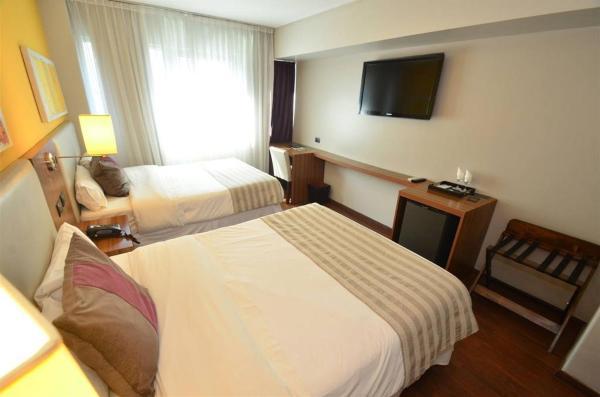 Hotellikuvia: Hotel Bicentenario Suites & Spa, San Miguel de Tucumán