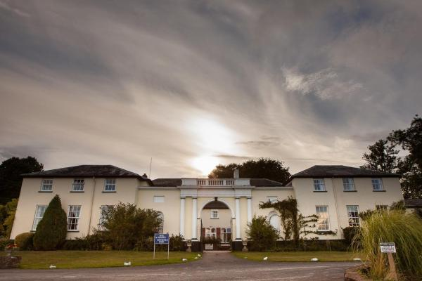 Hotel Pictures: Best Western Lord Haldon Hotel, Doddiscombsleigh