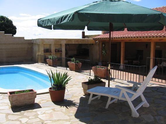 Hotel Pictures: , Villaveza del Agua