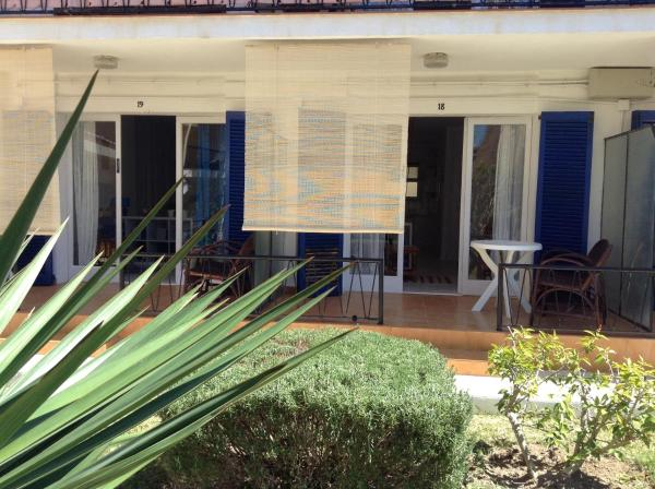 Hotel Pictures: Azul, Calafell