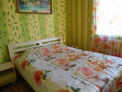 Hotel Pictures: Oktjabr Apartment, Krupki