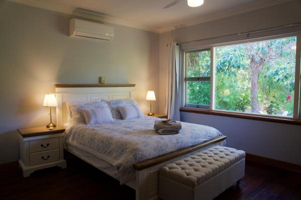 Fotos do Hotel: Meredie Rose Cottage - Peace in the hills, Perth