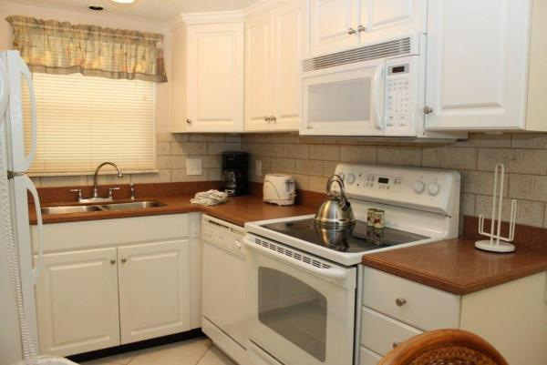 Fotos del hotel: Surf Song - Two Bedroom Apartment - 120, St Pete Beach