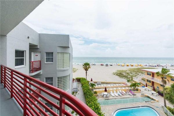 Foto Hotel: Crimson - Three-Bedroom Apartment - 303, St Pete Beach