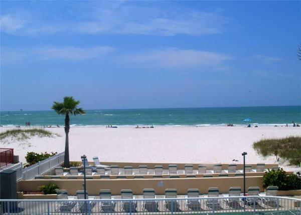 Fotos del hotel: Surf Song - One Bedroom Apartment - 256, St Pete Beach
