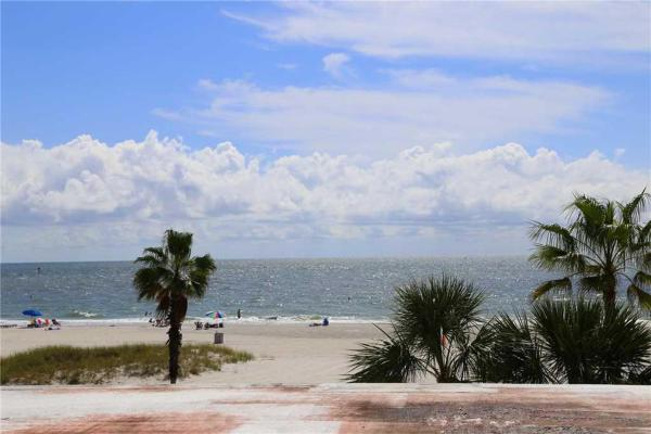 Hotel Pictures: Surf Song - One Bedroom Apartment - 331, St Pete Beach