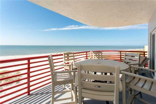 Foto Hotel: Crimson - Three-Bedroom Apartment - 302, St Pete Beach