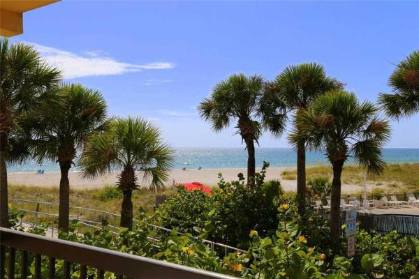 Foto Hotel: Surf Song - One Bedroom Apartment - 239, St Pete Beach