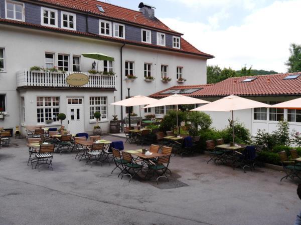 Hotel Pictures: Haus Honigstal Landhaus Café, Wuppertal