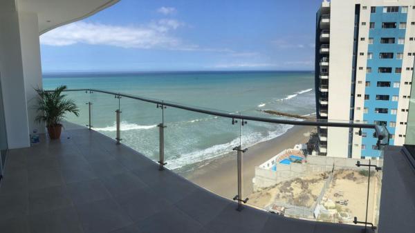 Hotel Pictures: Depto Frente al Mar - Piscina - 2Hab c/u con baño privado, Manta