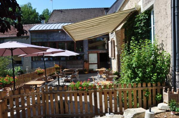 Hotel Pictures: Auberge du Moulin de Sainte Vertu, Sainte-Vertu